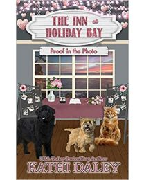 The Inn at Holiday Bay PAPERBACK 2020 by Kathi Daley